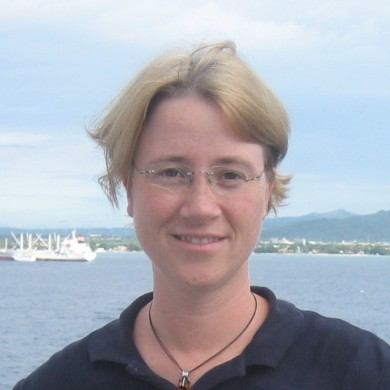 Earth Sciences faculty member promoted to Professor