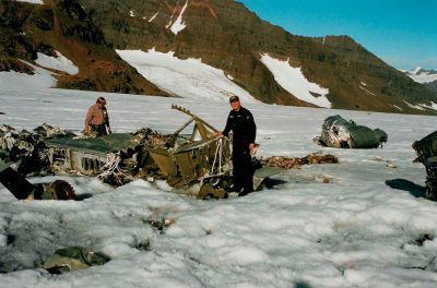 Helicopter pilots Göran Lindmark and Calle Brett examine the crash site in 1995